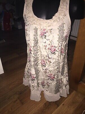 womens RIVER ISLAND blouse size 6 girls ladies top Beige Shiny