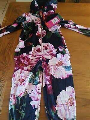 Ted Baker Girls Navy Floral Velour  pyjamas  Age 3-4years New