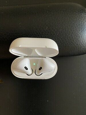APPLE AirPods with Charging Case (1st generation)