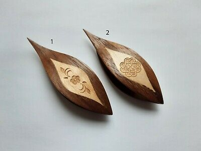 Wooden Tatting Shuttle With Pick Hand Made in Walnut Decorated With Maple Inlay