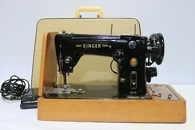 Vtg 1950s SINGER Black and Gold 306k ELECTRIC Sewing Machine w/ Case+Pedal -250
