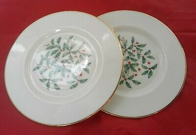 "Lenox Holiday Christmas Holly & Berry 8 3/8"" Salad Plates  Gold Trim Lot of 2"