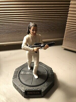 1998 Star Wars PRINCESS LEIA Rotating Action Figure, EMPIRE STRIKES BACK Kenner