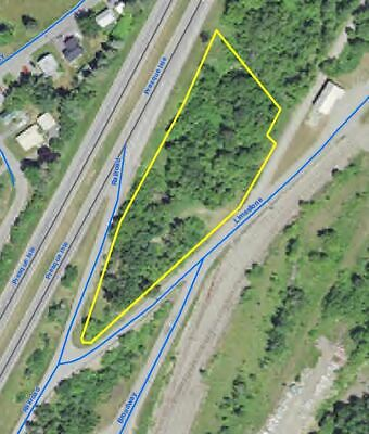 Approx. 2 acre wooded lot in Caribou Maine