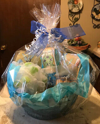 Spa Bath Gift Set, Extra Large Vanilla Coconut Gift Basket For Women