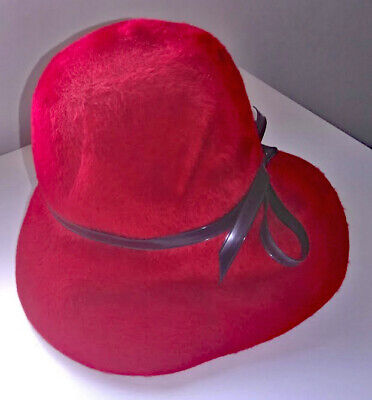 VINTAGE 1963 RED HAT by FISHER, COOKSTOWN, NORTHERN IRELAND