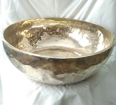 Gehämmerte Klangschale(Big Singing bowl hand hammered) 12kg
