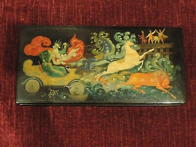 Antique Russian  Box lacquer hand painted signed 24,5 x 11,5 x 3cm