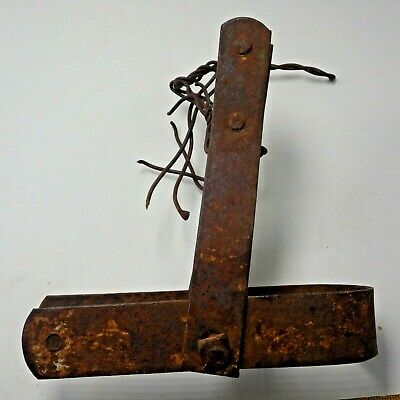 Rustic Farm Metal Piece Garden Art primitive Vintage Clamp Rusted Steampunk