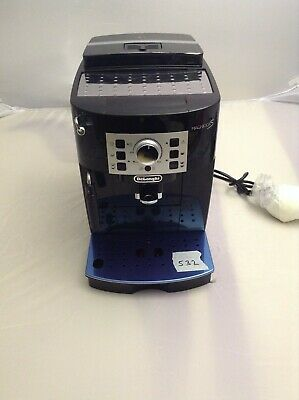 De'Longhi ECAM 22.110.B Fully Automatic Bean to Cup Coffee Machine 1450W 8 Cups