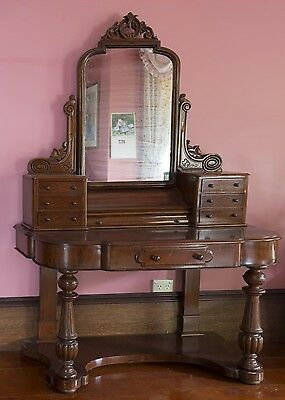 ANTIQUE Victorian Mahogany Mirror Backed Dressing Table, Late 19th Century.