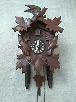 Black Forest mechanical Cuckoo Clock  Hubert Herr 30 hour excel condition
