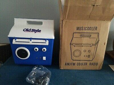 VTG Old Style Beer bottle can Cooler AM/FM Radio Battery Powered mint new & box
