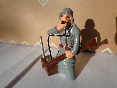 German radio operator soldier 80mm hollowcast glossy painted LEAD