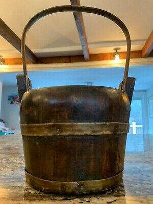 Charming Small Sized Chinese Wood Bucket or Basket