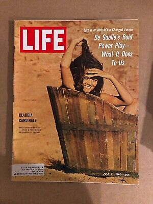 1966 July 8 Life Magazine Claudia Cardinale (K12) 1