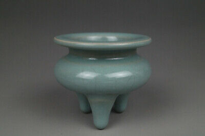 A Fine Collection of Chinese 13thC Song Ru Ware Porcelain Small Incense Burners