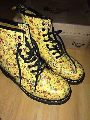 Dr Martens, Docs, 8 hole boots. Size 8. Flower pattern. Yellow.