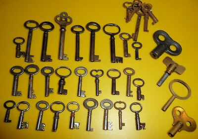 Job Lot Of Antique Longcase , Drawer , Robe And Other Type Keys  -  See 5 Pics