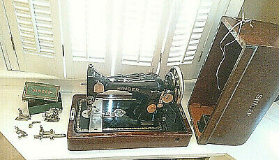 Antique Singer Sewing Machine in Bentwood Case AE888376 with key and attachments