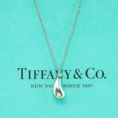 Authentic Tiffany & Co Sterling Peretti Teardrop Pendant on Necklace (9038)