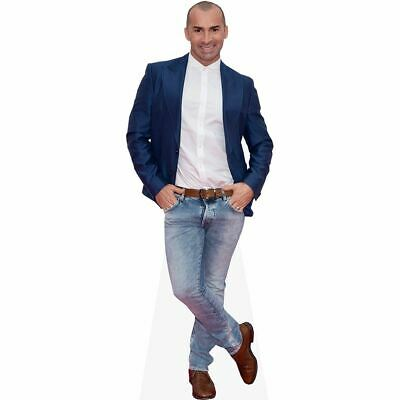 Louie Spence (Jeans) tamano natural