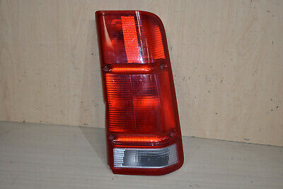 2015-2018 OEM Land Rover Discovery Sport Right Inner Taillight Tail Light Lamp