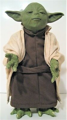Vintage Star Wars Yoda - Figure- Talking -Moves - Great Collectible -Hasbro Doll