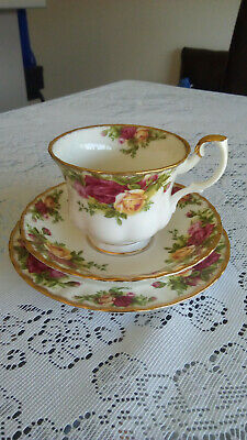 "Royal Albert ""Old Country Roses"" Trio"