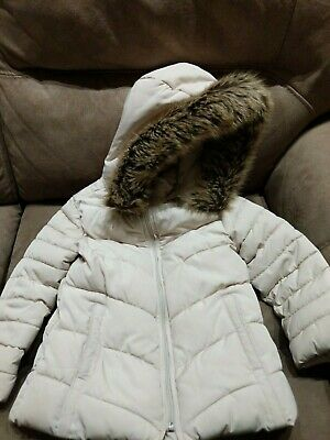 Zara girls coat age 5 years excellent Condition