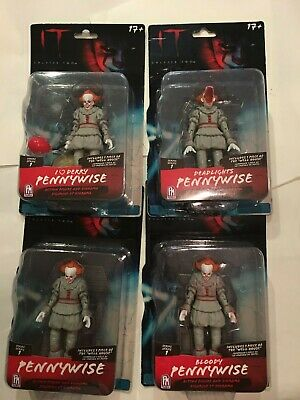 Pennywise IT Chapter Two Series One Action Figure and Diorama set of four