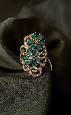 Antique Vintage Style Emerald Crystal Topaz Flowers Silver Cocktail Ring Size 8