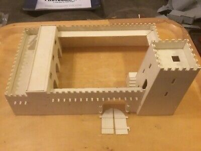 Airfix HO-OO SCALE FORT SAHARA1960s SNAP TOGETHER MODEL