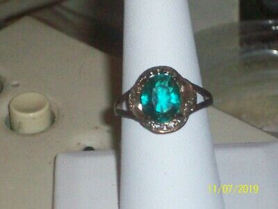 Womens Antique Looking Ring with Dark Green Square Center Stone Size 8