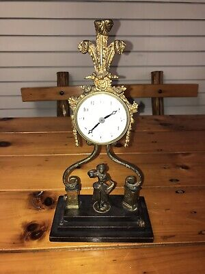 A LOUIS XVI STYLE GILT-METAL MOUNTED BOULLE MARQUETRY TABLE CLOCK - lot 3036