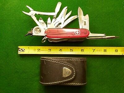 Victorinox Swiss Army Knife with Original Leather case
