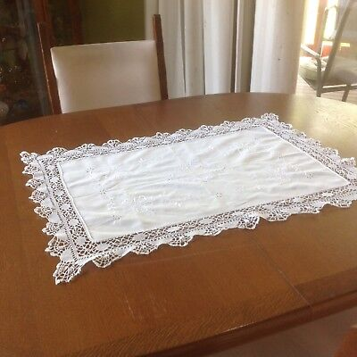 Beautiful Centre Piece - Lacey And Embroidered Design - Vintage