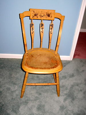 Ca 1830  Arrow Back  Windsor Chair  With Original Yellow  Paint And Decoration