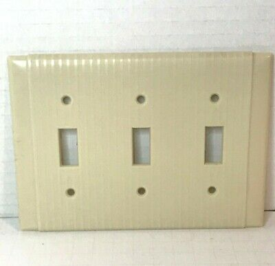 Vintage Ivory Uniline Ribbed Bakelite 3-Gang Triple Toggle Switch Wall Plate