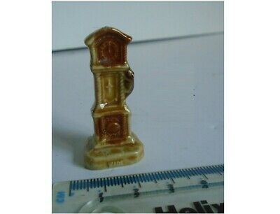 Vintage Miniature WADE Grandfather Clock with Mouse Ornament Dolls House Shop