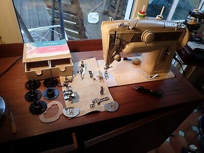Singer 411G Sewing Machine Very Good Condition Fully Functional All Original.