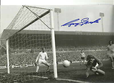 Football Autograph Gary Sprake Leeds United Signed 10x8 inch Photograph JM78