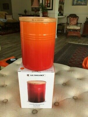 Le Creuset Orange Canister w/ Wood Lid 2.5QT Storage Jar