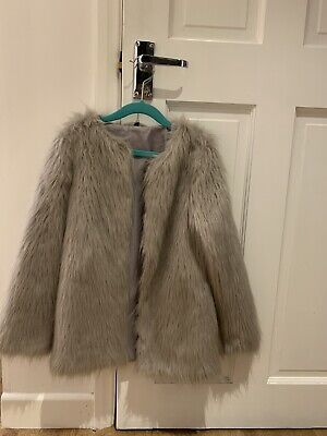 Matalan Girls Grey Faux Fur Coat Jacket Size Y9 Excellent Condition Worm Once