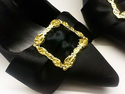 Shoe clips to decorate any black court shoe.