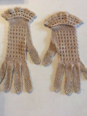 Stunning Vintage Ecru Crochet Ladies Wedding Gloves Prom Retro Needing A Repair.