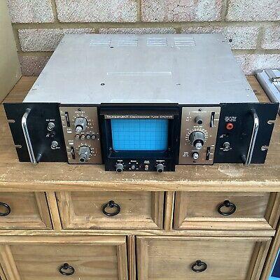 Telequipment oscilloscope D1011R - Working