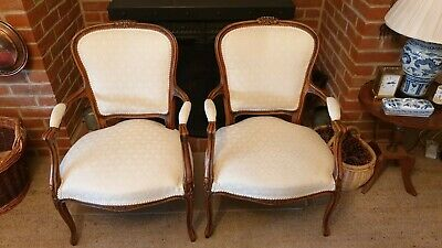 Immaculate Pair of French Louis XV Walnut Armchairs Chairs Fauteuils