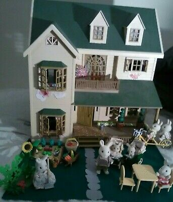 Sylvanian Oakwood Manor House, decorated, & lots of Vintage Furniture, 7 Rabbits
