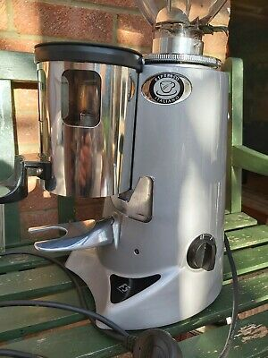 Commercial coffee grinder - Fiorenzato F5  Coffee Grinder as good as MAZZER
